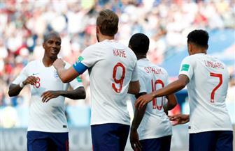 احتجاجا على العنصرية.. ردود فعل متباينة للجماهير بعد انحناء لاعبي إنجلترا على ركبتهم قبل مواجهة كرواتيا