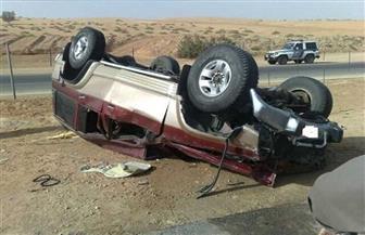 مصرع سيدة حامل وإصابة 5 آخرين في انقلاب سيارة بمطروح