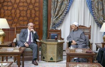 نائب الرئيس العراقي: خطابات الإمام الأكبر  تلقى ترحيبا من جميع مكونات شعبنا| صور