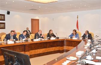 تعاون بين وزارتى التخطيط والاتصالات لتطوير خدمات الحكومة للمواطنين | صور