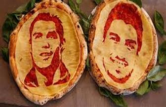 سواريز يقابل رونالدو على البيتزا قبل مباراة اليوم| فيديو