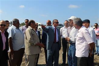 محافظ كفرالشيخ يتفقد موقع إنشاء مصنع الرمال السوداء على مساحة 80 فدانا بشمال البرلس   صور