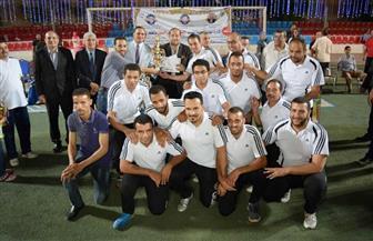 الشباب والرياضة والتمريض أبطال جامعة سوهاج في خماسي القدم| صور
