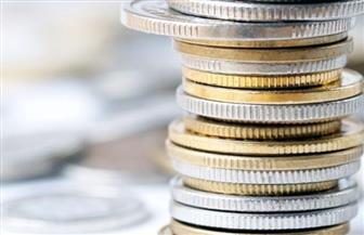 """لحل أزمة """"الفكة"""".. تشغيل تجريبي لماكينة تغيير العملات الورقية إلى عملات معدنية"""