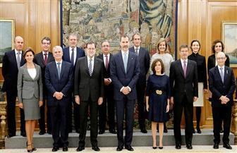 أول حكومة ذات أغلبية نسائية بإسبانيا تؤدي اليمين الدستورية