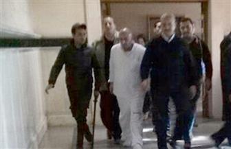 محافظ المنوفية السابق ينكر اتهامه بتقاضي رشوة في أولى جلسات محاكمته