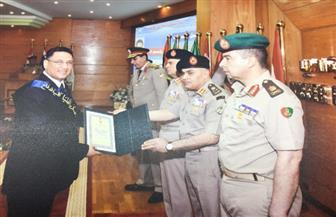 أحمد قنديل الخبير بالأهرام يحصل على زمالة كلية الدفاع الوطني