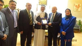 رئيس جامعة الزقازيق يستقبل وفدا سعوديا لتوقيع برتوكول تعاون