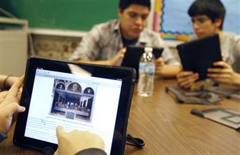 هل تستطيع المنصات الإلكترونية التعليمية أن تكون بديلا عن التعليم التقليدي؟.. خبراء يجيبون