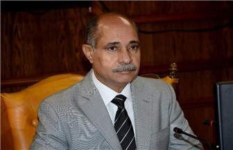 جولة تفقدية لوزير الطيران المدني بمطار بورسعيد