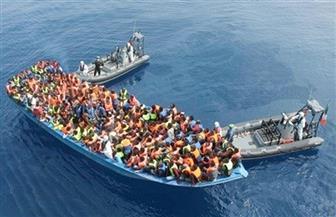 إنقاذ قارب خشبي يقل 450 مهاجرا في البحر المتوسط