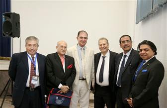 معهد ناصر يدرب ٢٠٠ طبيب على الطرق الحديثة لجراحات القلب بحضور خبير بلجيكي   صور