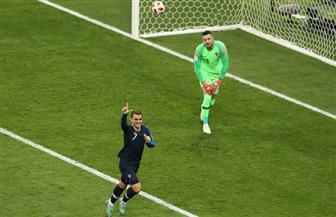 نهائي كأس العالم.. جريزمان يتقدم لفرنسا مرة أخري من ضربة جزاء