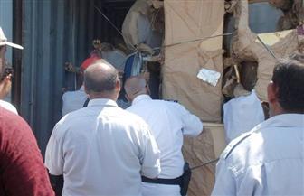 وزارة الآثار تتسلم 116 قطعة أثرية من ميناء دمياط البحري | صور