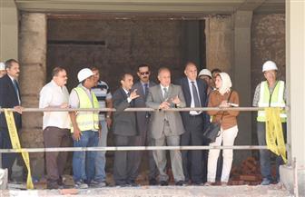 محافظ الإسكندرية: القطع الأثرية المكتشفة بالمتحف اليوناني الروماني تثبت للعالم حضارة المدينة | صور