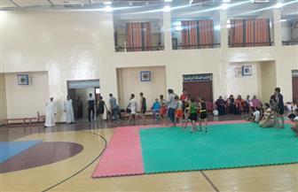 48 لاعبا في اختبارات الموهوبين رياضيا بلعبتي التايكوندو والمصارعة في قنا | صور
