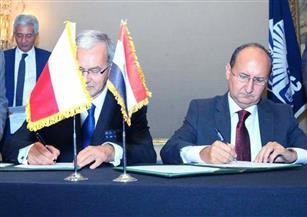 وزير التجارة ونظيره البولندي يوقعان البيان الختامي للجولة الأولى للمشاورات الثنائية بين البلدين