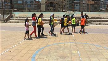 75 طالبا من الموهوبين رياضيا في دمياط يخضعون للفحص الطبي واختبارات كرة السلة | صور