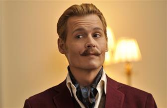 """جوني ديب يظهر في شخصية """"جريندلوالد"""" على مسرح كوميك كون"""