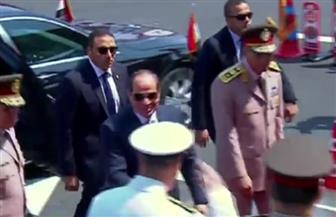 الرئيس السيسي يصل الكلية الحربية لحضور حفل تخرج دفعة جديدة من طلاب الكليات العسكرية  فيديو