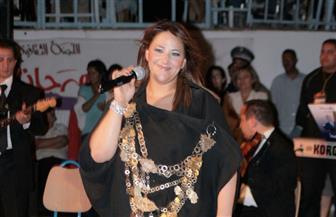 التونسية أمينة فاخت تستعيد توهجها على مسرح قرطاج بعد غياب طويل