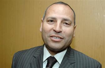 نائب محافظ القاهرة يتابع مشكلة الصرف بنفق مشاة في عين شمس