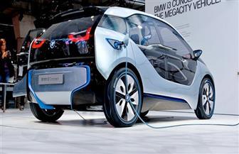 """خبير ألماني: كل الطرق والاستثمارات متاحة أمام سيارة المستقبل """"الكهربائية"""".."""