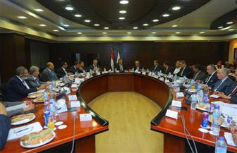 وزير النقل يترأس اجتماع الجمعية العمومية للشركة القابضة لمشروعات الطرق | صور