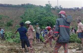 مقتل 5 أطفال في انهيارات أرضية وسيول ببنجلاديش