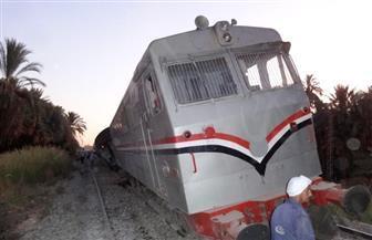 توقف حركة القطارات بعد خروج  قطار 982 إسباني مكيف عن القضبان بأسوان | صور