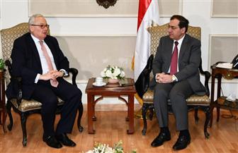 طارق الملا يبحث مع السفير الإيطالي زيادة التعاون المشترك في مجالات صناعة البترول