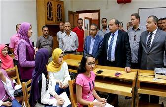 رئيس جامعة بنى سويف يتفقد أعمال امتحانات التعليم المفتوح | صور