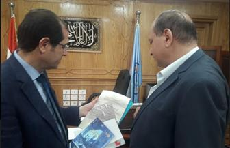 نائب رئيس جامعة الأزهر يستقبل رئيس قطاع المشروعات بمكتبة الإسكندرية | صور