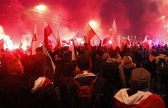 احتجاجات خارج المحكمة العليا البولندية بسبب قرار التقاعد المبكر للقضاة