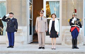 وزير الدفاع يعود إلى أرض الوطن عقب مباحثات للتعاون العسكري والتصنيع المشترك مع فرنسا