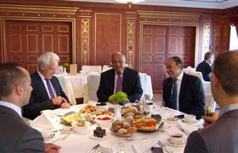 وزير الخارجية يلتقي رئيس لجنة التعاون الاقتصادي والتنموي بالبرلمان الألماني| صور