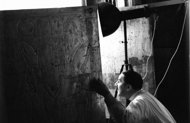 جامعة كامبيردج تنظم معرضا لصور نادرة لاكتشاف مقبرة توت عنخ آمون   صور -