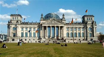 ألمانيا تقر قانونًا جديدًا لمكافحة جرائم الانتهاك الجنسي بحق الأطفال على الإنترنت