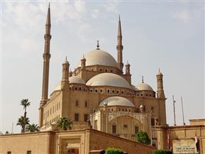 وزراء الأوقاف والنقل والتنمية المحلية يصلون مسجد محمد علي لأداء صلاة الجمعة احتفالاً بعيد القاهرة القومي