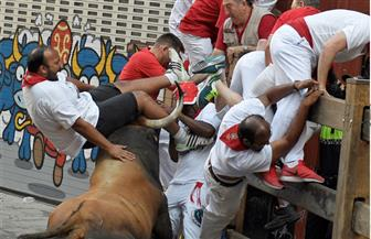 إصابة 4 أشخاص في أول فعالية لركض الثيران بمهرجان بامبلونا