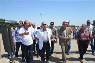 محافظ الإسماعيلية يتفقد مسار مشروع إنشاء طريق الفردان - الصالحية الجديد