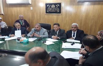 رئيس جامعة الأزهر يعقد اجتماعا طارئا لمناقشة حريق مستشفى الحسين | صور
