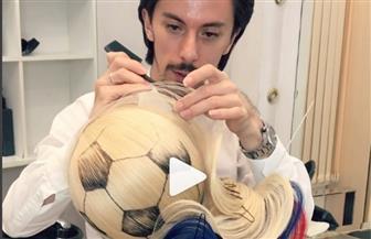 صففي شعرك بكرة قدم.. أحدث صيحة في عالم الموضة| فيديو