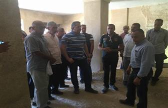أول وزير يزوره ..الدكتور العناني يتفقد دير المحرق بأسيوط | صور