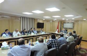 مديرو الأمن يواصلون عقد اللقاءات مع الأجهزة المعنية لتوفير السلع الأساسية بالعيد