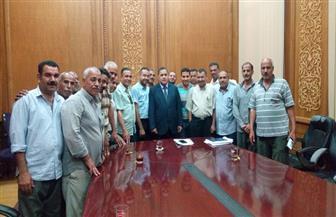 رئيس هيئة السكة الحديد يلتقى عددا من العاملين.. ويشدد على العمل بروح الفريق الواحد | صور