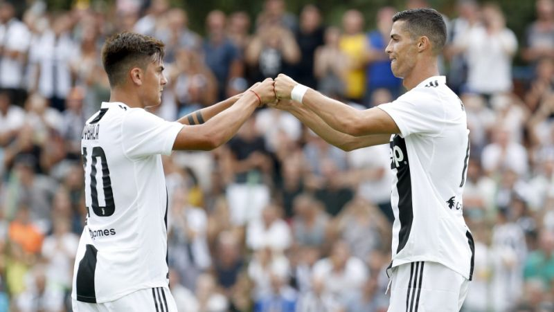 Ronaldo and Debala are leading Juventus's attack against Sasolo in the Italian league