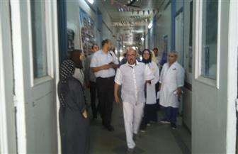 وكيل وزارة الصحة بأسيوط: إحالة بعض الأطباء والتمريض للتحقيق | صور
