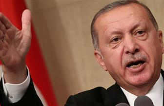 """أردوغان يتهم الغرب بإعلان حرب اقتصادية على تركيا ويقول """"الله معنا"""""""