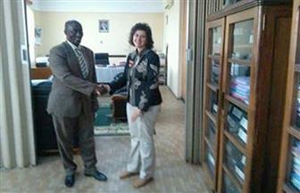 """سفيرة مصر في بوروندي تبحث مع وزير التجارة والسياحة المشاركة في منتدى """"إفريقيا 2018"""""""